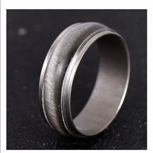 Cat's Eye Silver Stainless Steel Ring Size 6 1/2